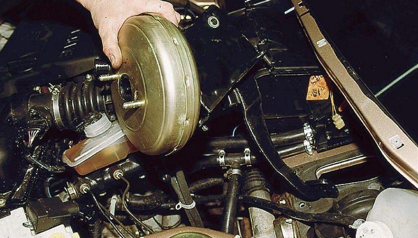 Замена вакуумного усилителя тормозов
