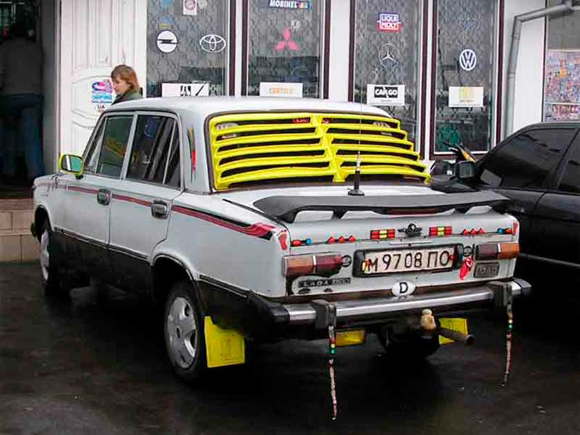 Пример катафот на кузове ВАЗ 2101