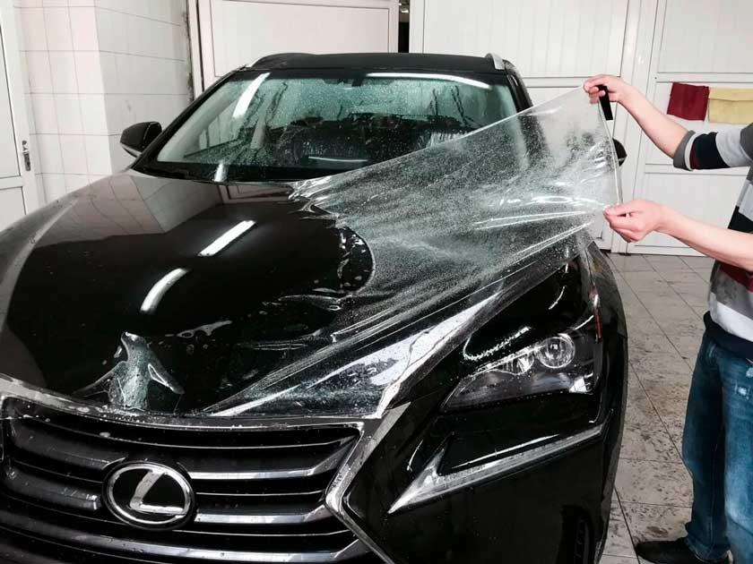 Нанесение защитной пленки на Lexus
