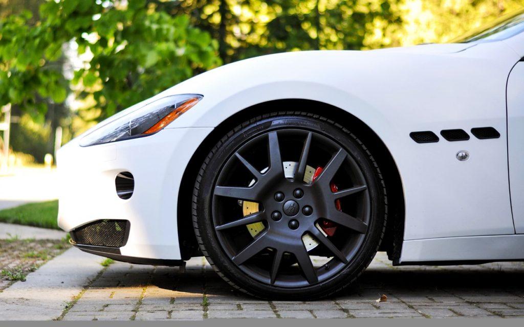 Низкопрофильная резина на Porsche Panamera